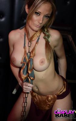 Slave Leia gets naked