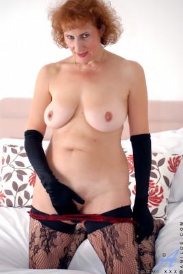 Naomi Xxx