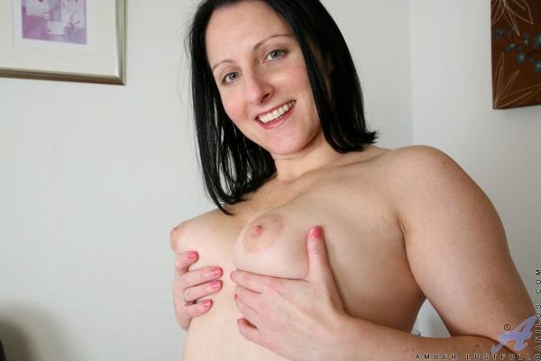 Amber Lustfull