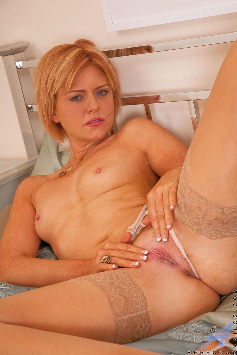 blonde-milf-mit-gieriger-moese
