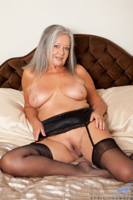 Sexbilder mit molligen Frauen mit sexy Rundungen